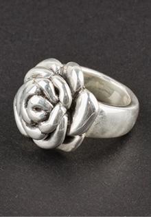 Inel de argint model trandafir