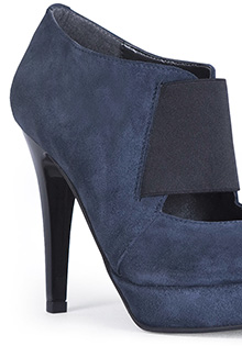 Pantofi albastri din piele intoarsa