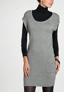 Rochie pulover cu guler larg