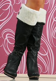 Cizme 2011: blanita, double look