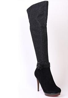 Cizme 2011: peste genunchi, elastice