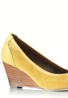 Pantofi primavara 2012: Piele perforata
