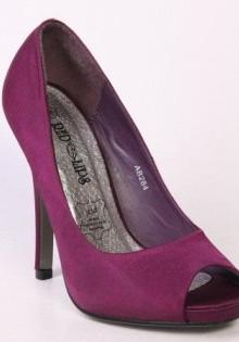 Pantofi primavara 2012: Mov