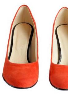 Pantofi primavara 2012: Culoarea sezonului