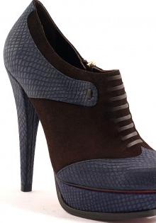 Pantofi primavara 2012: Piele sarpe