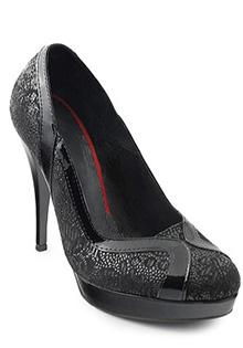 Pantofi negri din piele imprimata