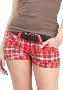 Pantaloni scurti Bershka rosii
