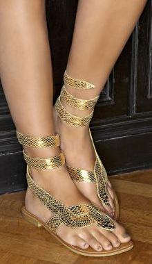 Sandale aurii la reducere
