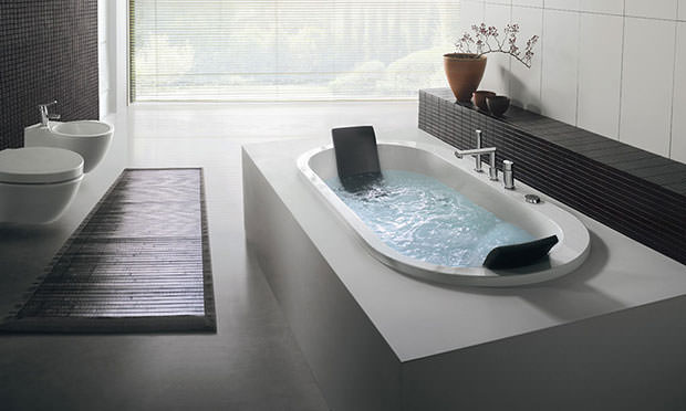 Jacuzzi built-in