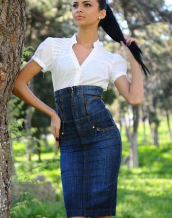 Fusta jeans albastra