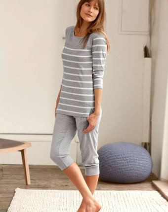 Pijama cu pantaloni corsar