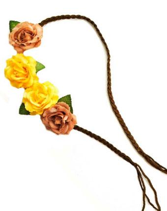 Snur impletit cu aplicatii florale