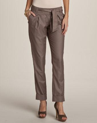 Pantaloni largi pentru femei