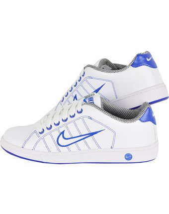 Adidasi Nike Court Tradition II