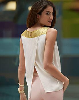 Bluze subtiri pentru femei Bluza incrucisata la spate