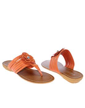 Papuci de culoare portocalie