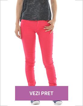Haine Kenvelo la reducere Pantaloni dama rosii