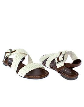 Pana la 80% reducere la haine si incaltaminte Sandale cu talpa plata alba