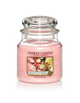 Lumanare parfumata Yankee Fresh Cut Roses