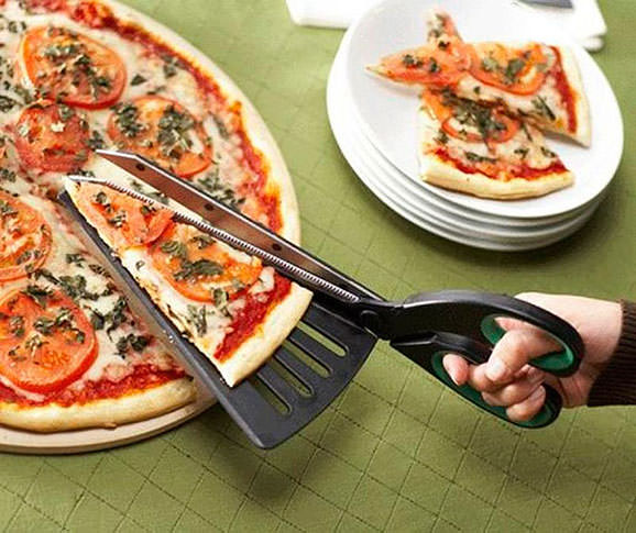 Foarfece special pentru pizza