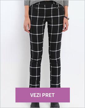 Pantaloni cu carouri negru