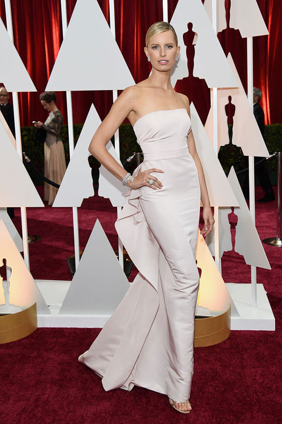 12karolina-kurkova-white-dress-oscars-2015-w724