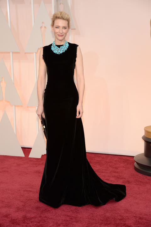 18cate-blanchett-black-dress-necklace-oscars-2015-h724