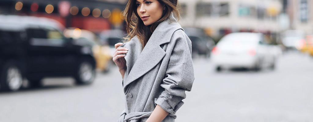 12 paltoane ieftine de damă sub 250 lei care arată senzațional