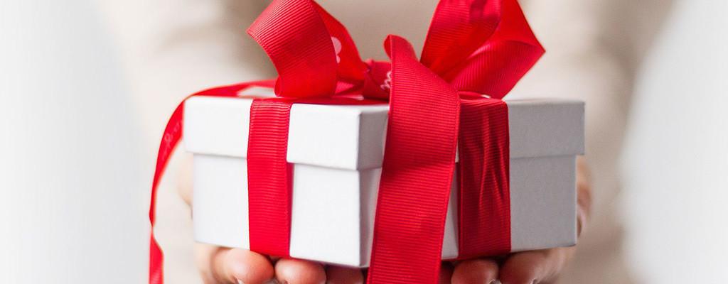 Cadouri pentru femei de Ziua Îndrăgostiților și nu numai