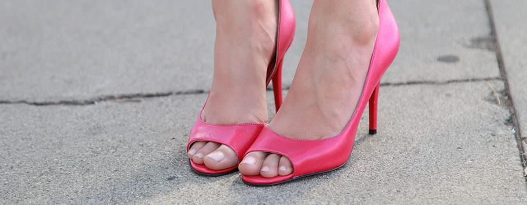 12 pantofi decupați la modă în primăvara-vara 2017