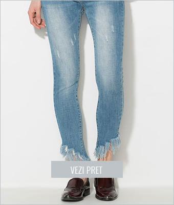 Jeansi albastri cu terminatii franjurate Zee Lane Denim