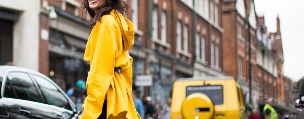 Cum purtăm galben – ținute și recomandări de shopping online